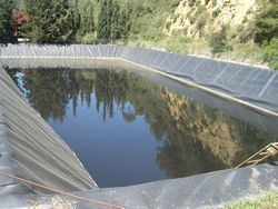Solution to the odor of sewage ponds or leachate ponds